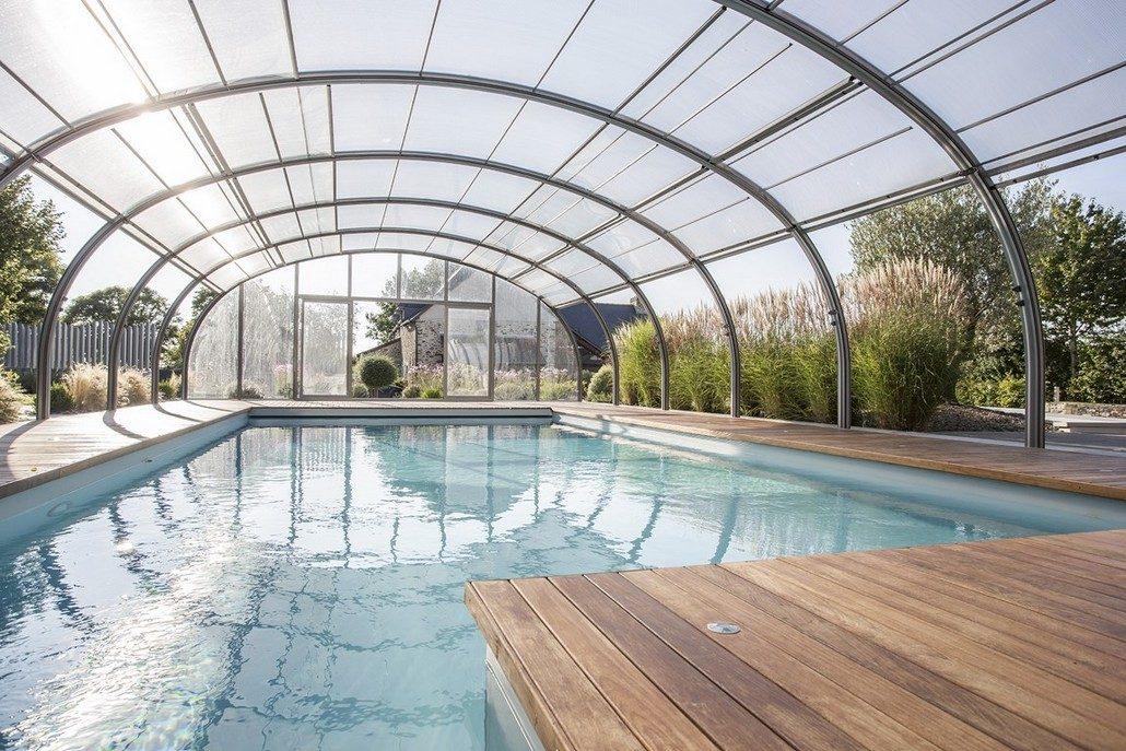 Abrisud inaugura en galapagar el showroom de cubiertas de for Cubiertas para piscinas madrid
