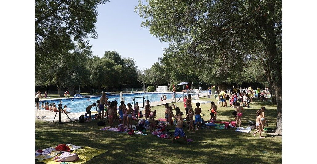 La piscina municipal de boadilla abrir sus puertas el for Piscina municipal pozuelo