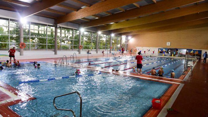 La piscina municipal de boadilla dispone a n de hasta 300 for Precio piscina municipal madrid 2017