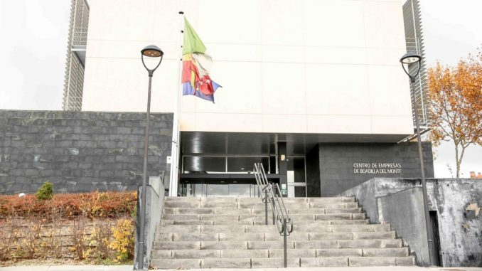 Boadilla segundo ayuntamiento de la comunidad de madrid for Piscina municipal majadahonda